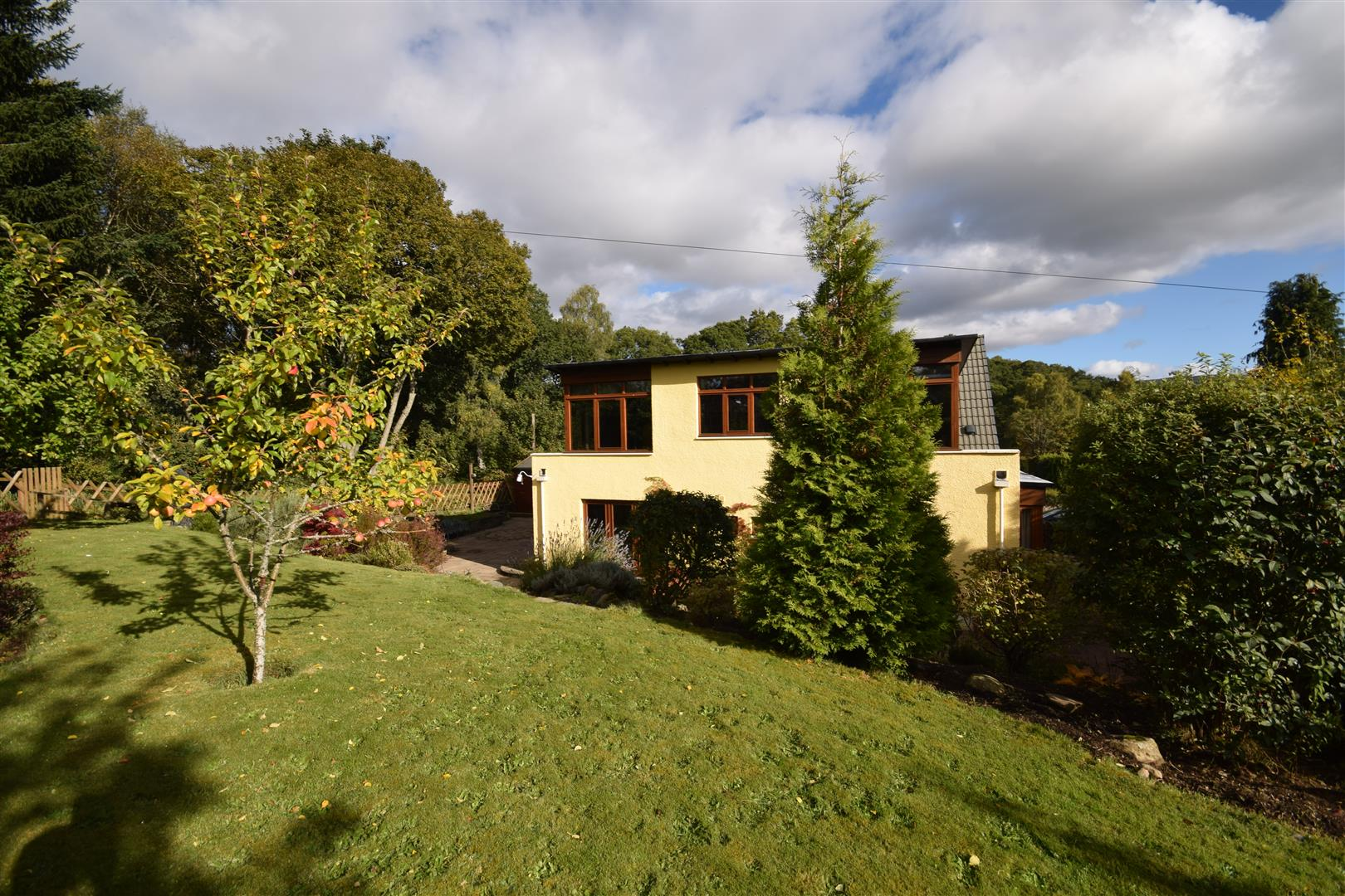 Stonecroft, Dixon Terrace, Pitlochry, Perthshire, PH16 5QX, UK